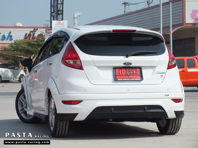 ชุดแต่ง สเกิร์ตเฟียสต้า Fiesta แต่งสวย 5dr 5 ประตู 2011 2012 2013 2014 rbs ideo v1 สีขาว คุณดิเรก รูป 6