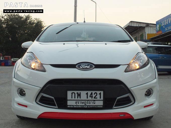 Red Devil ชุดแต่ง Fiesta 5DR TOP ขาว เฟียสต้า 5 ประตู ทำสีแบบพิเศษ คุณภัทร รูป 1