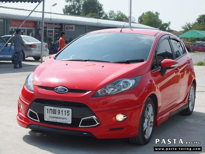 ชุดแต่ง เฟียสต้า Fiesta แต่งสวย 5dr 5 ประตู rbs ideo v2 สเกิร์ต 2011 2012 2013 2014 สีแดง คุณน้อง รูป 3