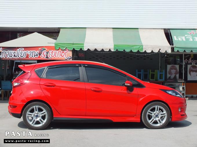 ชุดแต่ง เฟียสต้า Fiesta แต่งสวย 5dr 5 ประตู rbs ideo v2 สเกิร์ต 2011 2012 2013 2014 สีแดง คุณน้อง รูป 5
