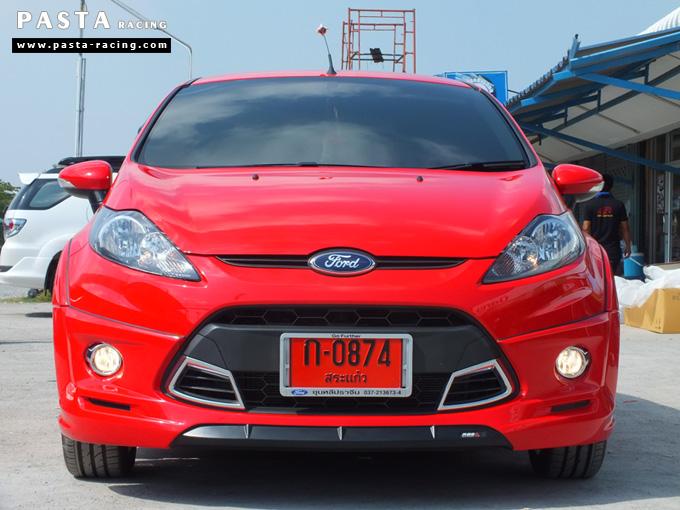 ชุดแต่ง เฟียสต้า Fiesta แต่งสวย 5dr 5 ประตู 2011 2012 2013 2014 rbs ideo v1 สเกิร์ต สีแดง คุณสิรภาพ รูป 1