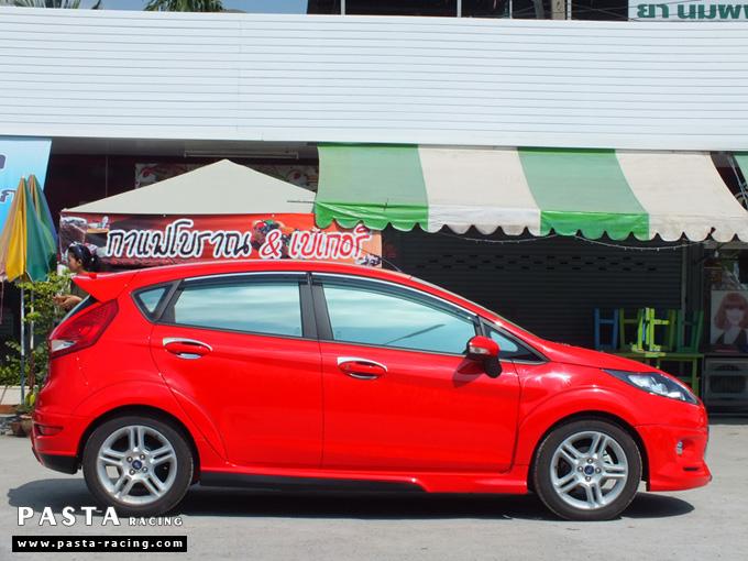 ชุดแต่ง เฟียสต้า Fiesta แต่งสวย 5dr 5 ประตู 2011 2012 2013 2014 rbs ideo v1 สเกิร์ต สีแดง คุณสิรภาพ รูป 5