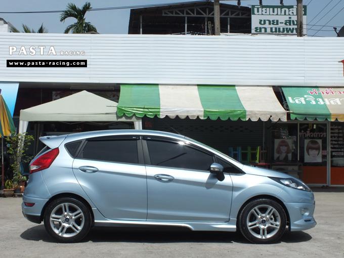 ชุดแต่ง เฟียสต้า Fiesta แต่งสวย 5dr 5 ประตู rbs ideo v2 สเกิร์ต 2011 2012 2013 2014 ฟ้า icy blue คุณเปรม รูป 5