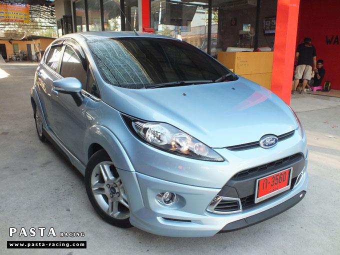 ชุดแต่ง Fiesta 5DR TOP สีน้ำเงิน Icy Blue เฟียสต้า 5 ประตู รูป 2