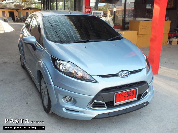 ชุดแต่ง Fiesta 5DR TOP สีน้ำเงิน Icy Blue เฟียสต้า 5 ประตู รูป 3