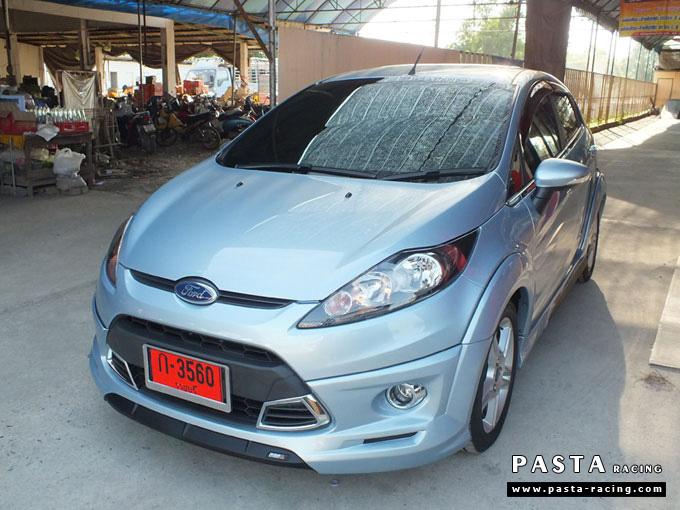ชุดแต่ง Fiesta 5DR TOP สีน้ำเงิน Icy Blue เฟียสต้า 5 ประตู รูป 4