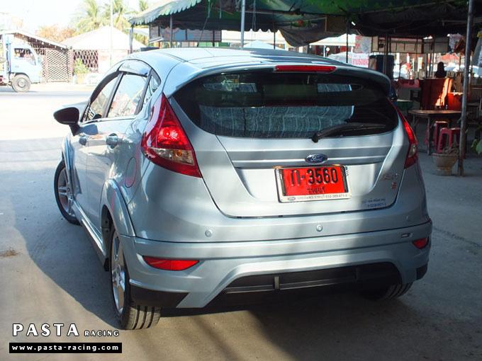 ชุดแต่ง Fiesta 5DR TOP สีน้ำเงิน Icy Blue เฟียสต้า 5 ประตู รูป 5