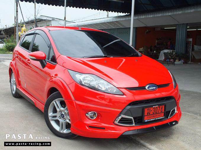 ชุดแต่ง Fiesta 5DR TOP สีแดง เฟียสต้า 5 ประตู วรรณ รูป 2