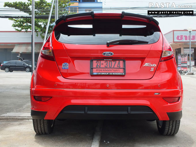 ชุดแต่ง Fiesta 5DR TOP สีแดง เฟียสต้า 5 ประตู วรรณ รูป 5
