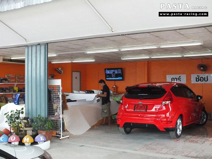 ชุดแต่ง Fiesta 5DR TOP สีแดง เฟียสต้า 5 ประตู วรรณ รูป 6