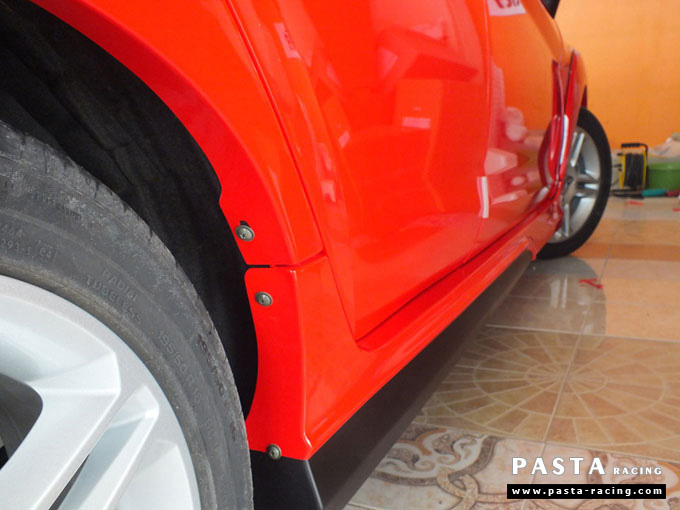 ชุดแต่ง Fiesta 5DR TOP สีแดง เฟียสต้า 5 ประตู วรรณ รูป 8